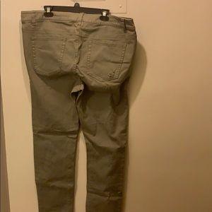 Forever 21 Jeans - Olive destructive stretch jeans